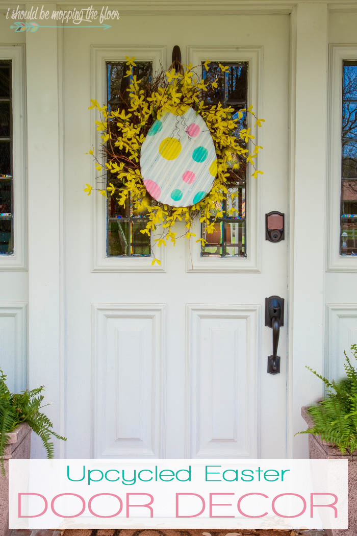 Upcycled Easter Door Decor | Thrift store finds can make the perfect seasonal decor! This post is filled with lots of thrift store Easter ideas.