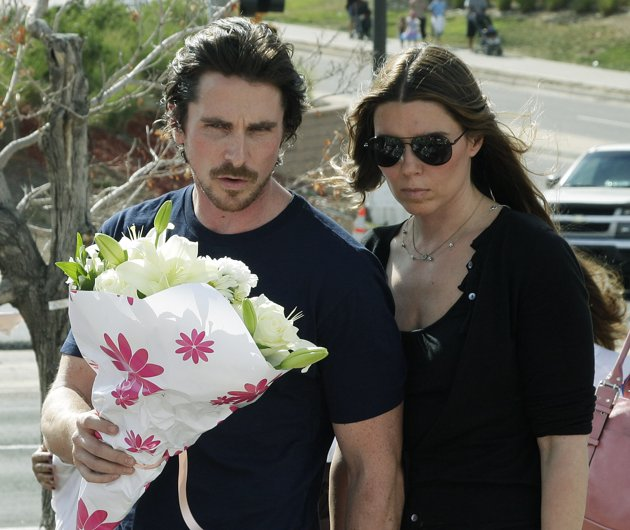 12 Killed 58 Injured In Colo Theater Shooting: Batman Star Christian Bale Visited Colorado Shooting