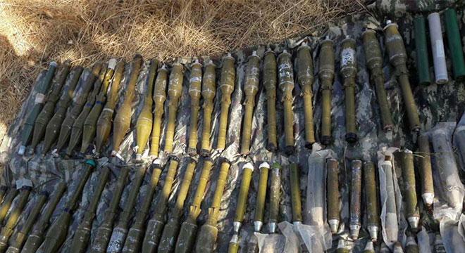 Diyarbakır Lice'de 105 adet roketatar mühimmatı ele geçirildi