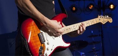 Tìm hiểu chi tiết về dòng đàn guitar điện stratorcaster