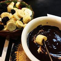 http://www.grafe-e-faca.com/doces/sobremesas/fondue-de-chocolate/