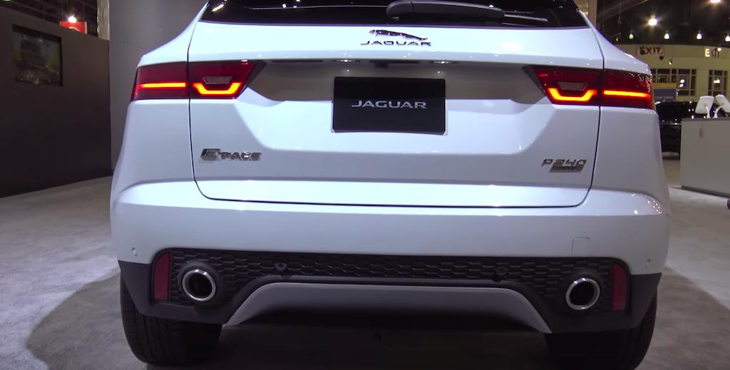 Mẫu Xe 5 Chỗ Jaguar E-Pace 2018 Model 2019 Màu Trắng Giao Ngay, Mẫu Xe Jaguar E-Pace 2018 Model 2019 Màu Trắng Giao Ngay Vào tháng 8 khi ra mắt, Jaguar 5 chỗ gầm cao E-Pace có bao nhiêu phiên bản nhập khẩu về