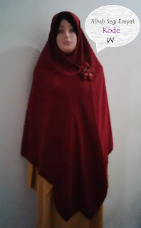 jilbab segi empat tebal lebar khimar syari warna merah maroon adem jatuh dan mudah diatur