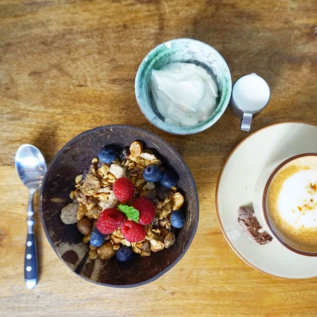 Prune Deli and Workshop Organic Muesli Fruit Coffee Breakfast Brunch Hong Kong