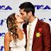 Laura Perlongo e Nev Schulman marcam presença no MTV Video Music Awards 2017 no The Forum em Inglewood, Califórnia - 27/08/2017