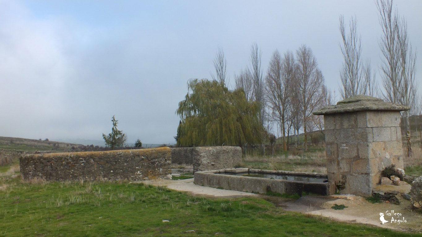 Vista lateral del caño de Montejo