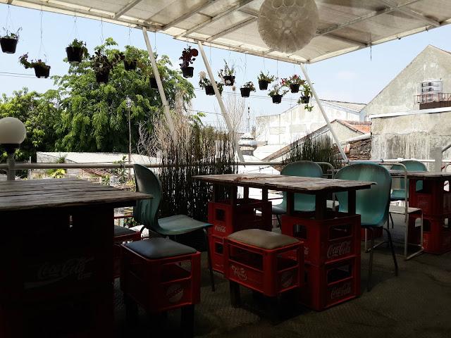 Wedangan, aNgkringan, Nasi Kucing, Cafe Tiga Tjeret, Kuliner, Solo, Jawa Tengah