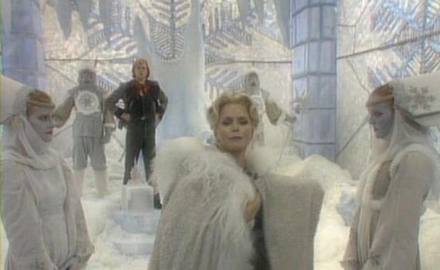 figurino a rainha da neve