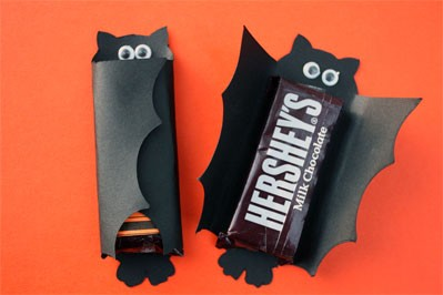 Kid friendly halloween ideas crafty sahm craft for Bat candy bar wrapper template