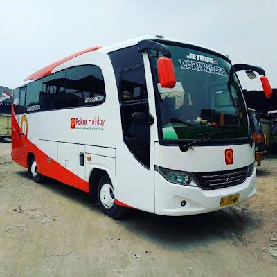 Mau liburan ke Bandung bersama rombongan? Pesan bus disini