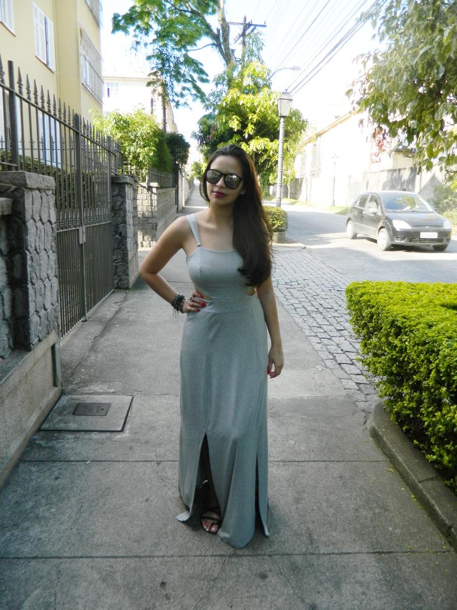 Vestido Longo cinza com fenda