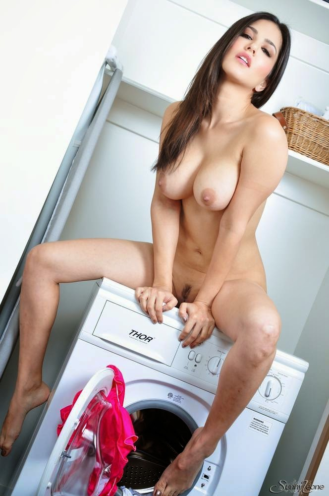 Sunny Leone Dirty Laundry Photos - Playing with her pussy ...