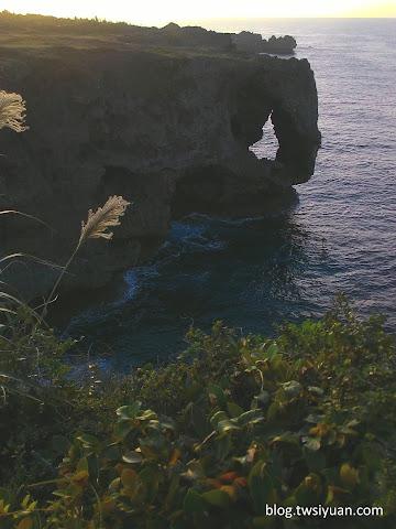 萬座毛的礁石
