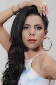 Nowela Idol Elizabeth Auparay