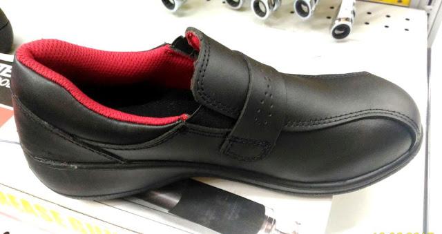 model sepatu pantofel yang menarik