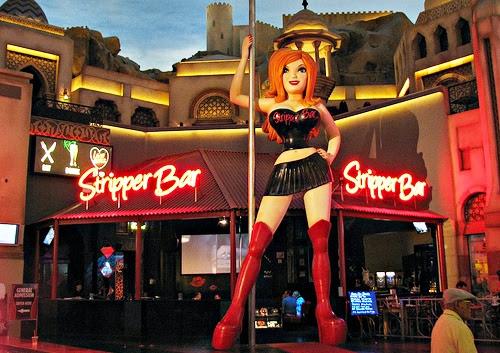 Shopping Miracle Miles Las Vegas