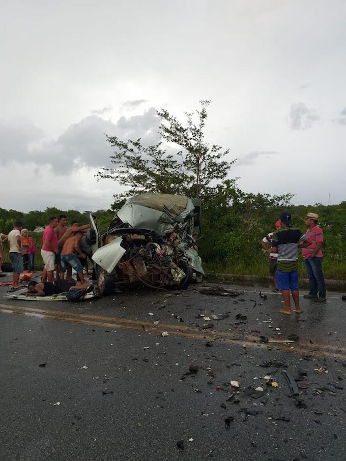 Trágico acidente, com várias mortes, na rodovia de acesso aos Lençóis Maranhenses