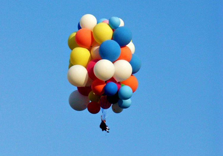 Balonla uçan adam olarak tarihe adını yazdırdı ve bu anlamda bir öncü olmayı başardı.