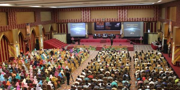 Ribuan Tokoh Umat Mendukung Khilafah
