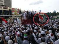 Pengibar Bendera Merah Putih Bertulis Arab Bukan Sekedar ABG, Ternyata Dalangnya ...