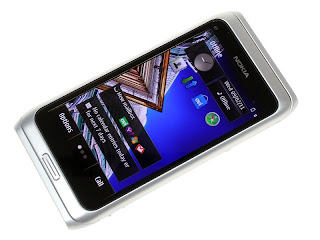 Nokia E7 Features and Specifications