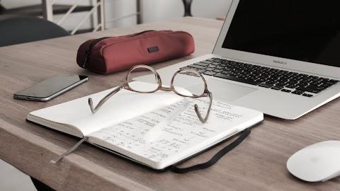 HABLEMOS DE LITERATURA... O NO Bloqueo de autor | Arturo Zafra Moreno