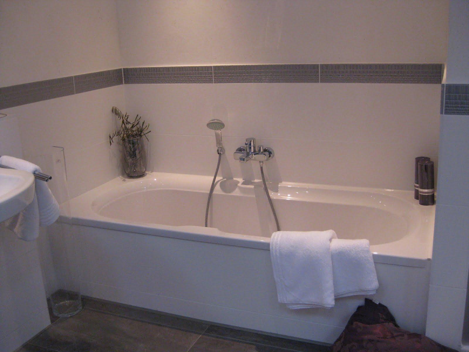 startschuss in steinhagen bemusterungstermin in bad. Black Bedroom Furniture Sets. Home Design Ideas