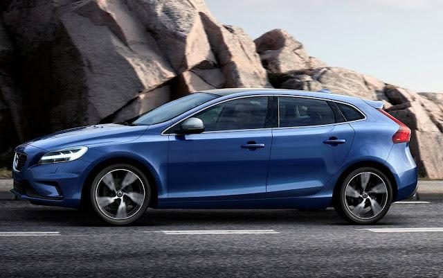 Volvo V40 2017 R-Design -- R$ 166.900 reais