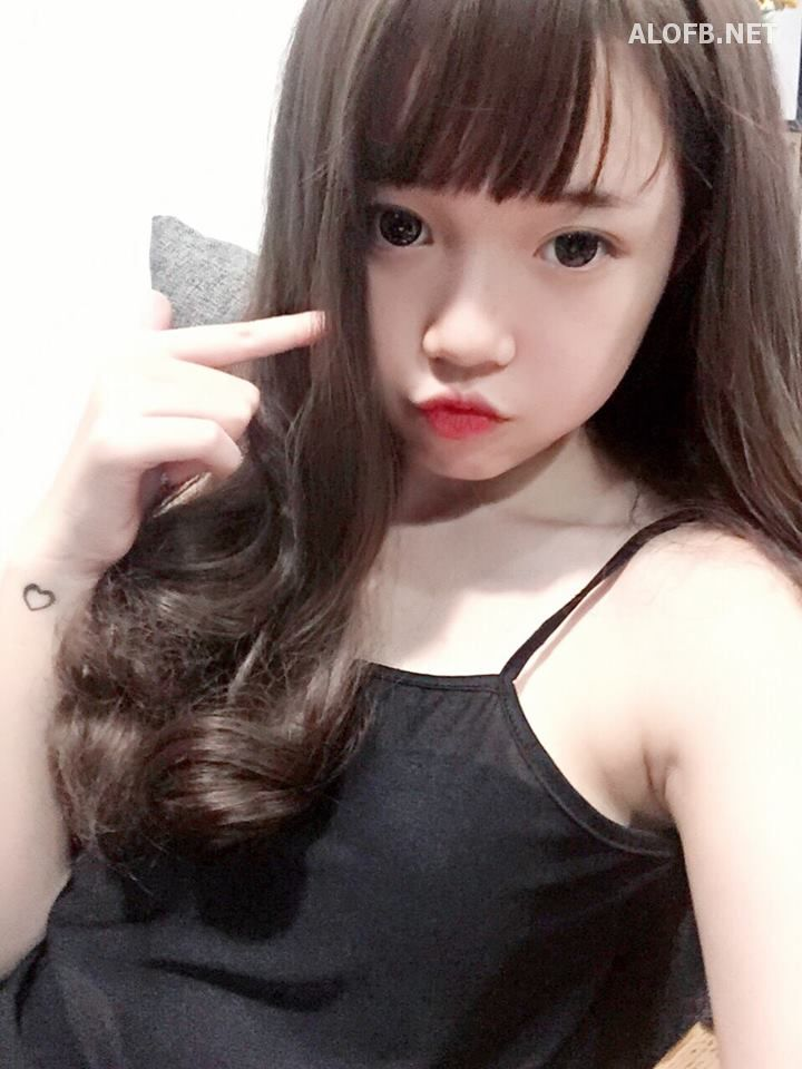 13509053 1617345365246997 4825547807025176227 n alofb.net - Streamer LMHT Linh Ngọc Đàm cực SEXY với Bikini