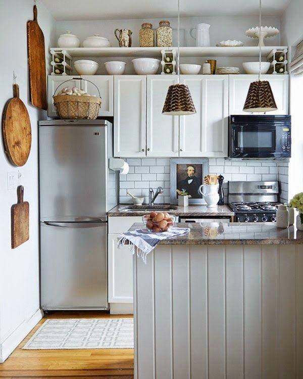 24 fotos de cozinhas estreitas cheias de charme for Quirky interior accessories