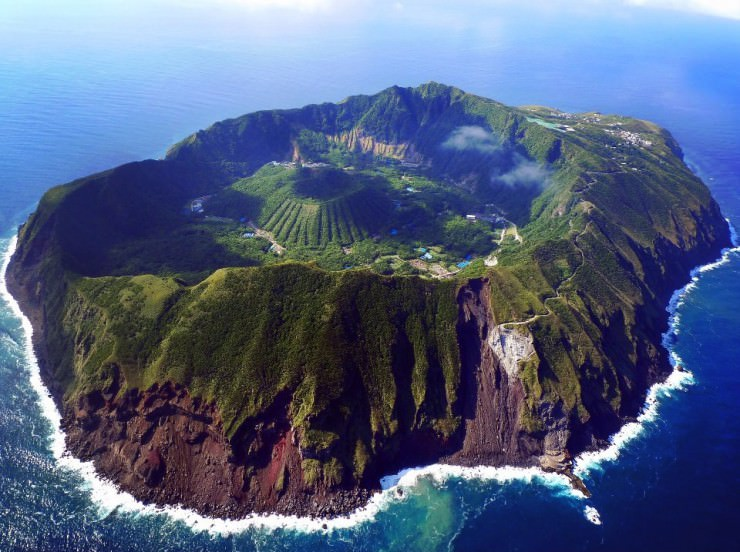 4. Aogashima, Japan - Top 10 Enigmatic Places
