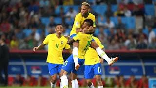 صحف البرازيل تحتفل بتأهل منتخب البرازيل لدور الثمانية و تألق نيمار دا سيلفا