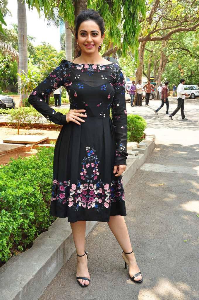 Actress Rakul Preet Singh Photos In Yellow Dress