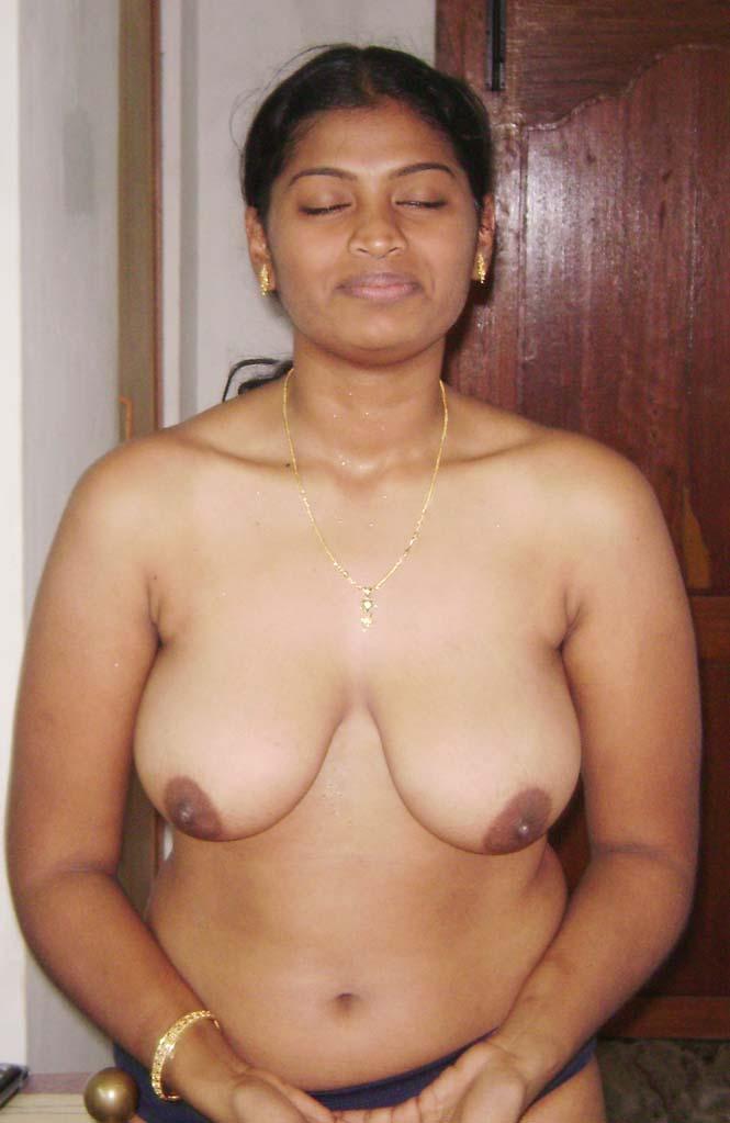 Afghani housewife sexy shows nude boobs big