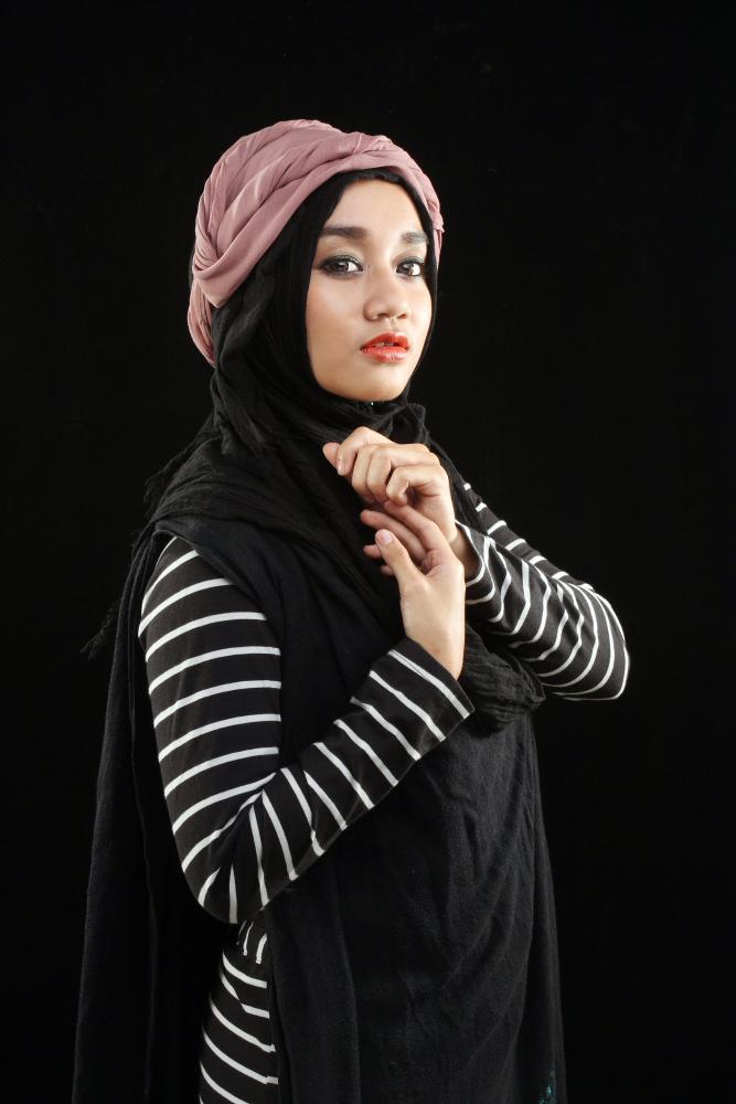 model hijab segi empat model hijab wisuda