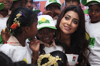 Shriya Saran and Meenakshi Dixit Pos at Quaker Feed A Child Campaign  0048.jpg