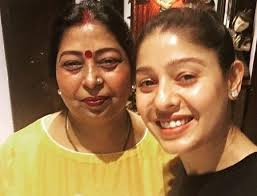 Sunidhi Chauhan , Biography, Profile, Age, Biodata, Family, Husband, Son, Daughter, Father, Mother, Children, Marriage Photos.