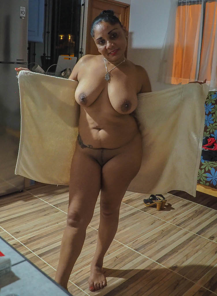 Nude costa ricans women