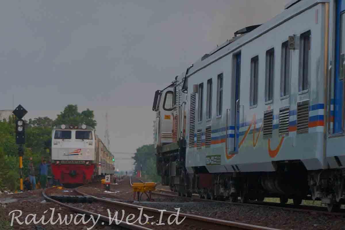 jadwal dan harga tiket ka jakarta semarang terbaru seputar kereta api rh railway web id
