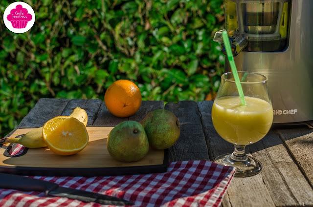 Jus de poires, bananes et oranges - un jus facile à réaliser