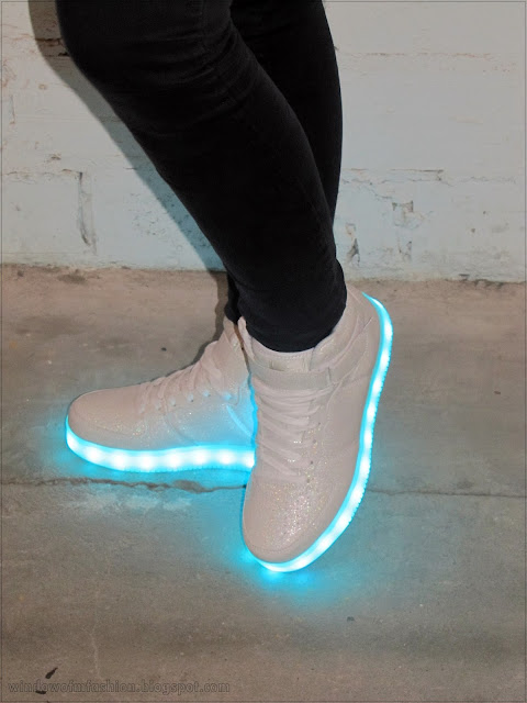 Buty LED