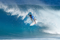 51 Italo Ferreira Billabong Pipe Masters foto WSL Damien Poullenot