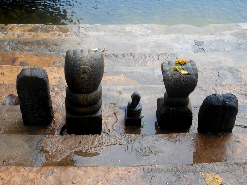 Shivlingams at Rama Pond, Rama Teertham, Rameshwaram