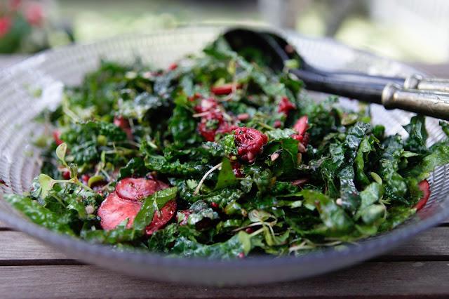 Kale Salad with Raspberry Vinaigrette