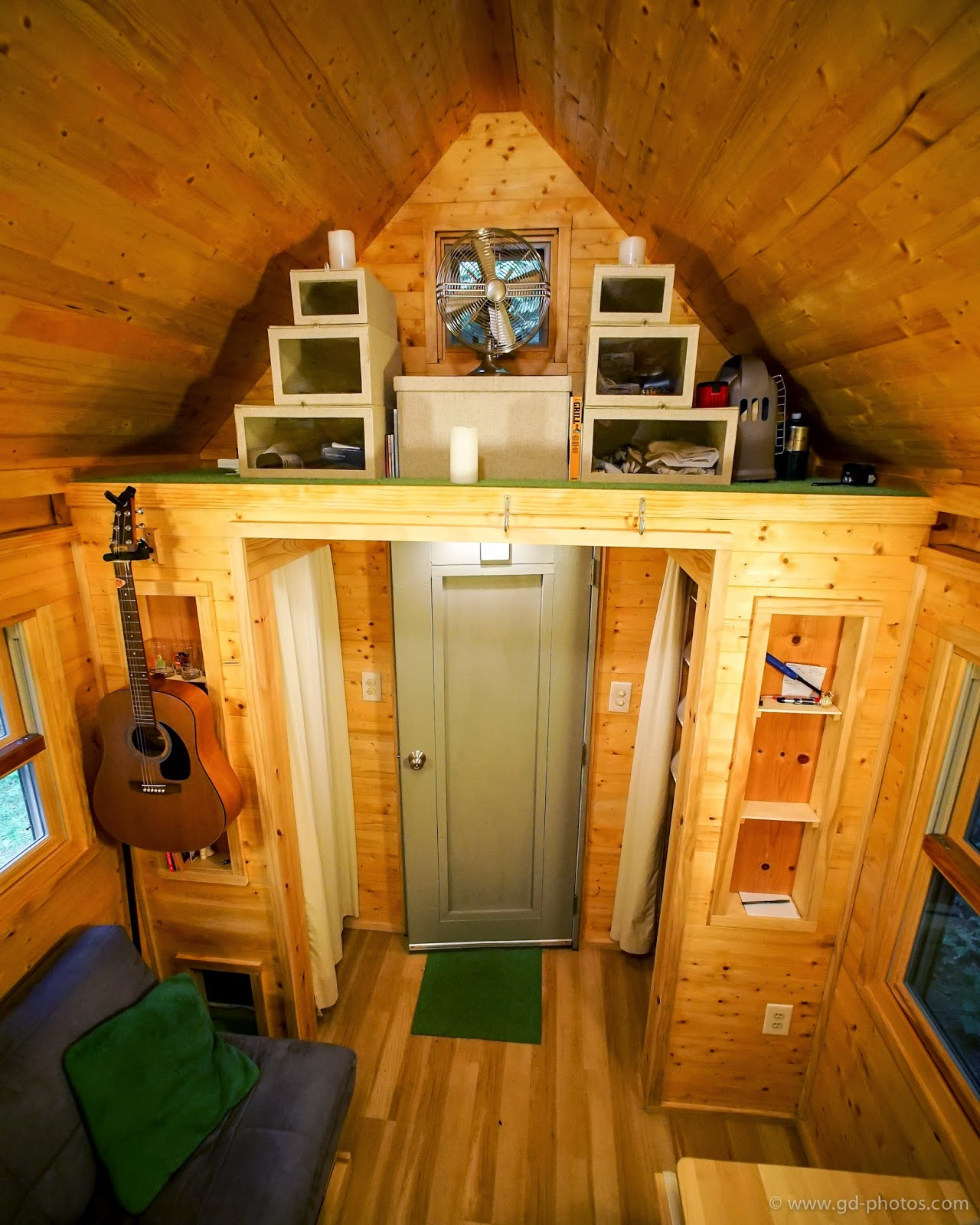 Tiny Home Design App: Tiny House Giant Journey's Trip To 120 Squre Feet