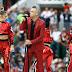 Robbie Williams faz gesto obsceno na Cerimônia de Abertura