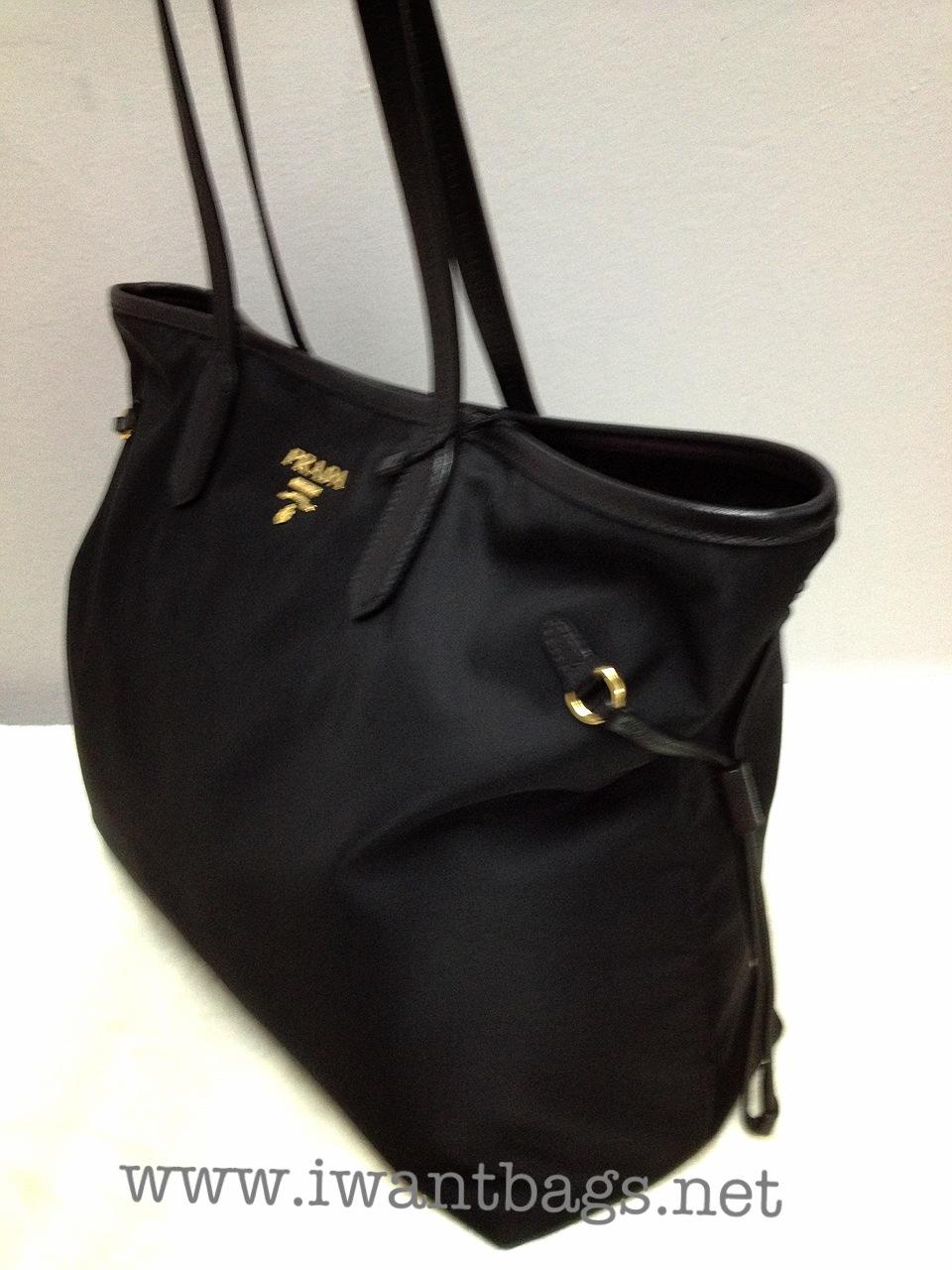 40c36263e6b2 ... saffiano shopping bag 66114 dc76c where to buy prada tessuto shopping  tote nero 27e33 cd3b3 ...