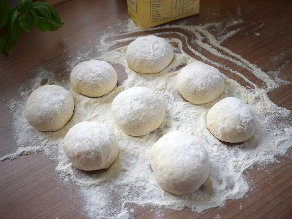 Original italienisches Grundrezept für Pizzateig