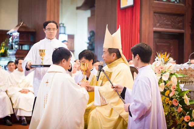 Lễ truyền chức Phó tế và Linh mục tại Giáo phận Lạng Sơn Cao Bằng 27.12.2017 - Ảnh minh hoạ 193