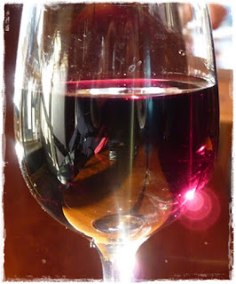 glass-of-Shiraz